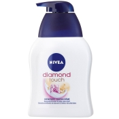 NIVEA® diamond touch Cremeseife
