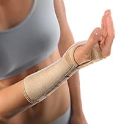 BORT Arm- Handgelenkstütze mit Aluschiene rechts medium